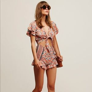Free People Surf Date Romper- Size 0